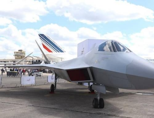 Turkey unveils mock up of TF-X at Paris Airshow
